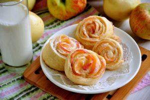 Булочки с яблоком и корицей – классический рецепт