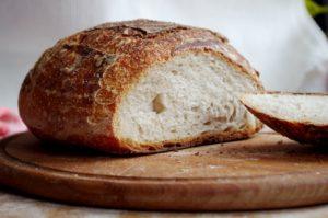 Белый хлеб в диетах для похудения