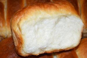 Белый хлеб со шкварками