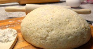 Дрожжевое тесто, приготовленное на опаре