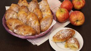 Пирожки с яблоками - подготовка продуктов
