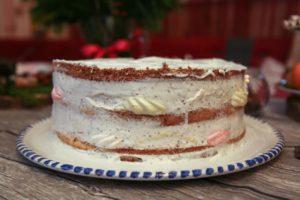 Простой торт из пряников и сметаны