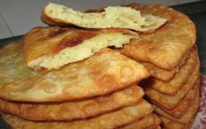 Чебуреки с сыром - классический рецепт