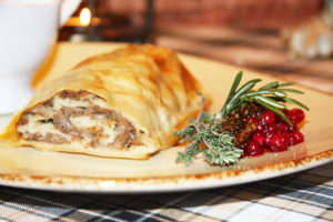 Штрудель с мясом - подготовка продуктов и посуды